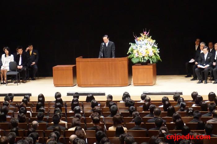 八王子高中2015届新生入学式上小山贡校长讲话