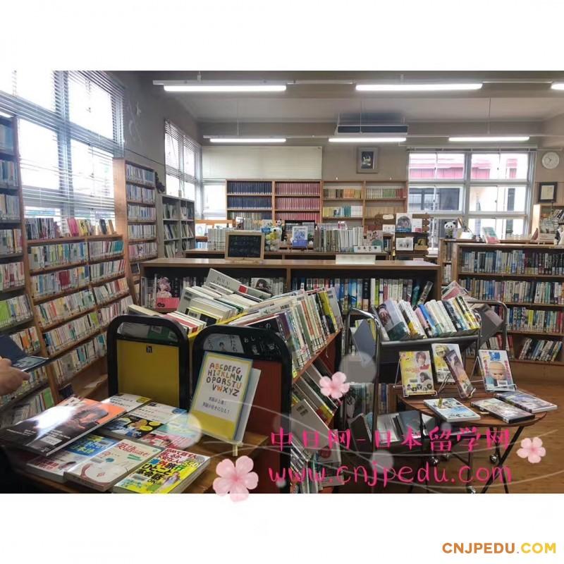 图书馆一角3