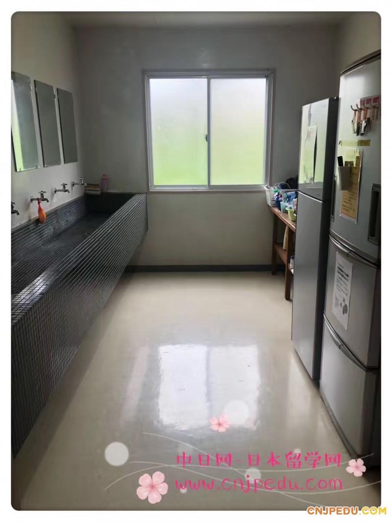 宿舍盥洗台
